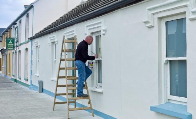 Repeindre sa maison: une bonne façon d'optimiser la vente!