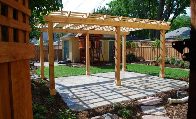 Soigner la terrasse pour valoriser son bien