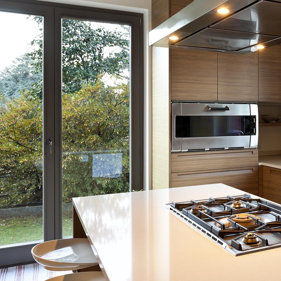 vente de maison changer ses fen tres pour mieux vendre vente de maison. Black Bedroom Furniture Sets. Home Design Ideas